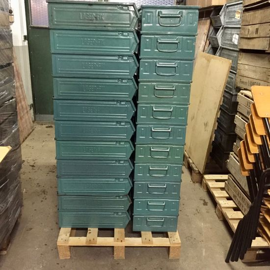 Metal Workshop  Full Pallet - Petrol