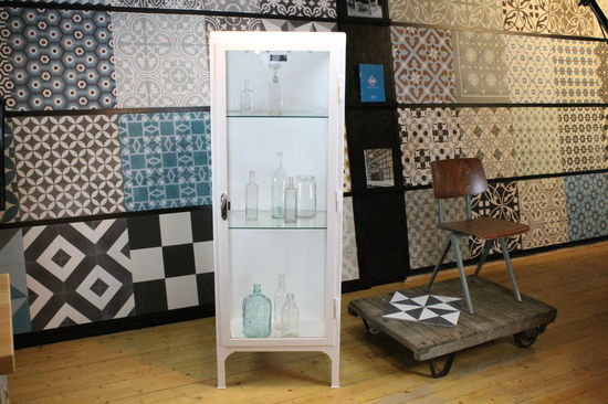 Old display cabinet  No 3