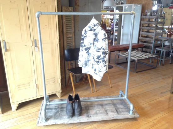Clothing Rack P33